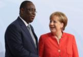 Angela Merkel en Afrique pour endiguer les flux migratoires