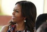 Michelle Obama invite les jeunes filles à rester à l'école