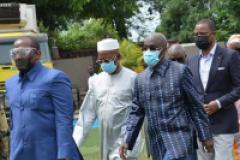 Le gouvernement guinéen sortant fait allégeance au CNRD
