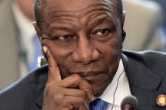 """Oui """"soviétique"""" au referendum en Guinée"""