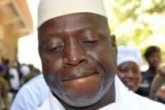 Yahya Jammeh suspend les exécutions de condamnés à mort