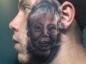 Il se fait tatouer le visage de son fils sur la joue