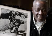 Mort du photographe qui avait pris la photo emblématique de l'apartheid